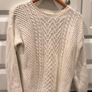 Forever 21  Large White cable knit sweat